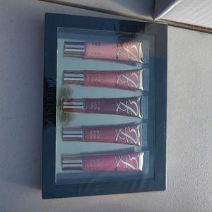 Estee Lauder 5 lip gloss set
